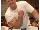 PROFESJONALNE WALKI ARMWRESTLINGOWE NA TARGACH FIBO 2005 W ESSEN: AUGUST SMISL VS ANDREY SHARKOV