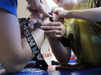 How to interest anyone in armwrestling?