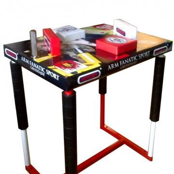 Stół armwrestlingowy – z własną grafiką